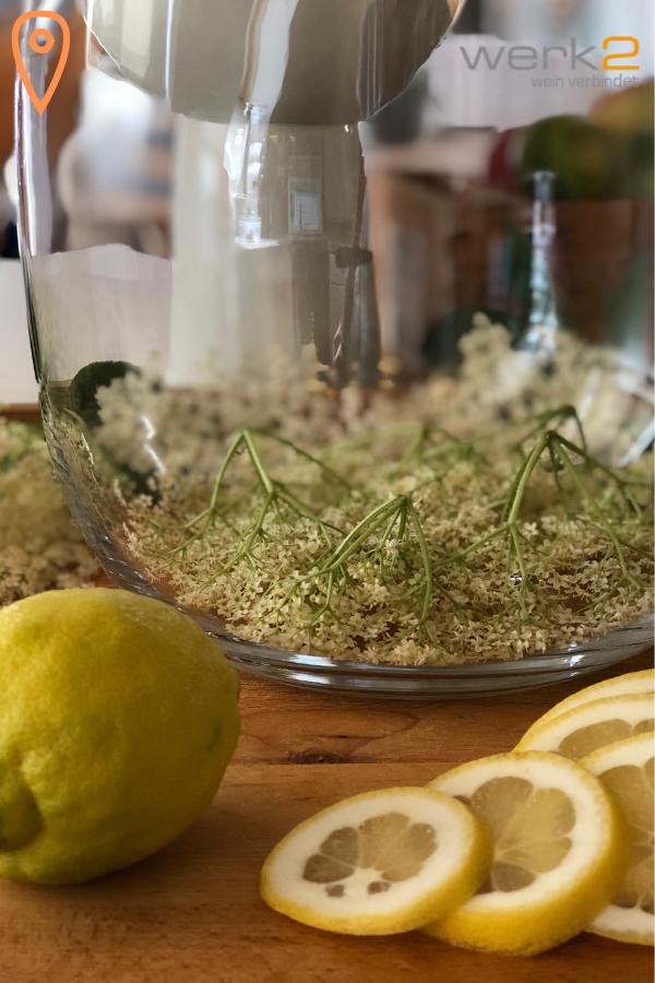 Holundersirup ohne Zitronensäure